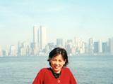 2000年New York WTCをバックに